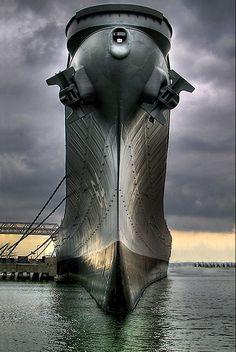 lahoriblefollia: USS Wisconsin