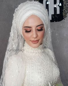 Muslimah Wedding Dress, Hijab Style Dress, Hijab Wedding Dresses, Bridal Hijab, Hijab Bride, Makeup Hijab, Muslim Brides, Muslim Girls, Simple Hijab