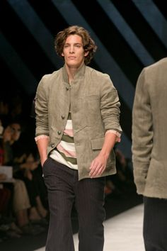 #MFW Ermanno Scervino Spring Summer 2016 Menswear Collection Check more at http://www.blogyblog.net/mfw-ermanno-scervino-spring-summer-2016-menswear-collection/