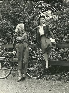 1940s cyclists ~