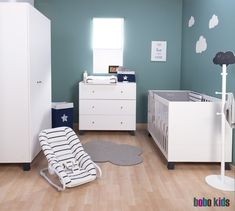 We advise to opt for a palette of neutral tones as a base colour and then add colourful accessories. It's easier to change the accessories than repaint a whole room! #baby #onlineshop #homedecor #nurseryhttps://www.bobokids.co.uk/nursery.irc