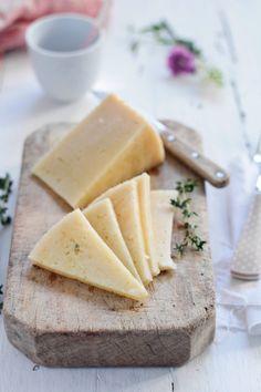Food and Cook by trotamundos » Croquetas de patata y romanescu con queso curado y rebozado de polenta
