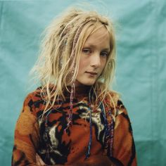 Evelyne Politanoff: Iain McKell: The New Gypsies, a Different Way of Life, Simplicity and Freedom...