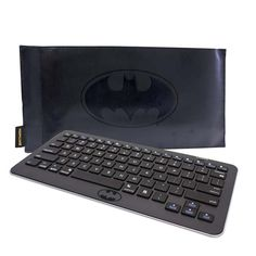 Batman Bluetooth Keyboard & Leather Case Set