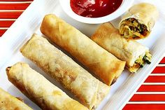 Spring rolls recipe - veg spring rolls are one of the delicious & popular appetiser from chinese cuisine. These veg spring rolls can be baked or fried Veg Recipes, Indian Food Recipes, Snack Recipes, Cooking Recipes, Chinese Recipes, Asian Recipes, Veggie Snacks, Chinese Desserts, Indian Snacks