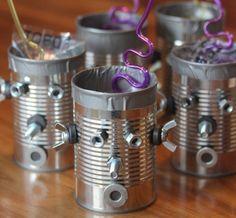 Robots con latas recicladas para cumpleaños de niños 2