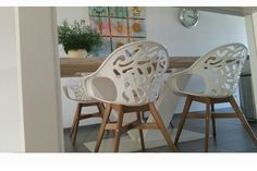 Design stoel Forest wit - woonloodz.nl Chair, Design, Furniture, Home Decor, Decoration Home, Room Decor, Home Furnishings, Stool