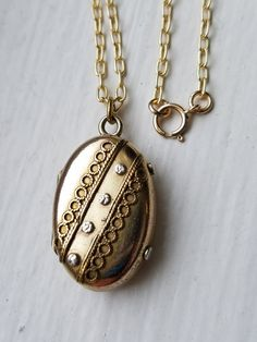 Antique Victorian Oval Gold Filled Locket by MemoryStation on Etsy