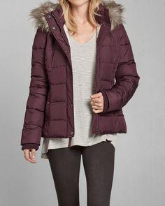 Womens A&F Hooded Puffer Jacket   Womens Sale   eu.Abercrombie.com
