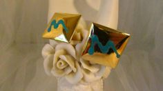GoldTone Vintage Square Earrings With Turquoise Color Design..