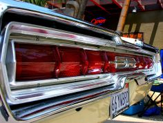 1966 Ford Thunderbird - Lincoln Melon Yellow - taillights