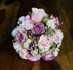 Floral Studio London - Arrangements wedding bouquet. Vintage, romantic theme