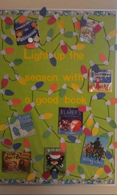 Here is a easy holiday-themed library bulletin board. School Library Decor, School Library Displays, Library Themes, Elementary School Library, Library Activities, Library Ideas, Children's Library, December Bulletin Boards, Elementary Bulletin Boards