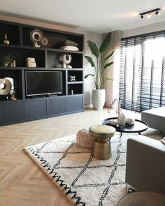 Living Room Colors, Living Room Grey, Living Room Modern, Living Room Interior, Small Living, Home And Living, Living Room Designs, Living Room Decor Inspiration, Living Room Storage
