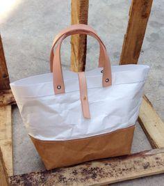 Two tone Kraft and Tyvek paper lunch bag snap by Belltastudio #belltastudio…