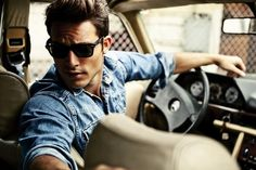 Another denim shirt that looks good because i fits well. Car Poses, Style Masculin, Photography Poses For Men, Portrait Photography, Beautiful Men, Beautiful Images, Sexy Men, Hot Guys, Handsome