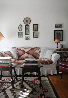 6 Ways to Style a Navajo Rug // Image via Design Sponge