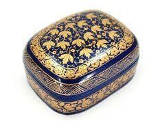 """Szkatułka """"Kashmir"""" z Indii Casket """"Kashmir"""" from India http://www.etnobazar.pl/search/ca:przechowywanie-1?limit=128"""