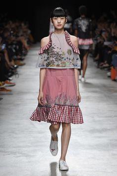 Rahul Mishra Spring 2017 Ready-to-Wear Fashion Show