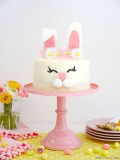 Easter Bunny Cake, Bunny Party, Easter Party, 10th Birthday Parties, Birthday Cake, Diy Birthday, English Cake Recipe, Victoria Sponge Cake, Rabbit Cake