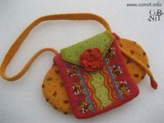 Felted Bag With Gipsy Style, It's a 2 in 1 bag. So clever!