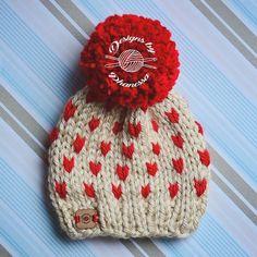 All the little hearts . . Chunky Knit Fair Isle. Pattern & hat available in shop. . . #knitting #knit #knitter #knitters #knitted #knittersoftheworld #knittersofinstagram #yarn #handmadebyphanessa #designsbyphanessa #makersgonnamake #diy #handmade #etsy #knitpattern #ravelry #crochet #valentineshat #valentinesbeanie #vkdtbo