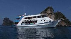 Manta Queen 8 - Discount on scuba dive trips in March, April and May. Diving at Similan Islands, Koh Bon, Koh Tachai, Richelieu Rock and Boonsung Wreck 4days 4 nights. 4000 THB discount