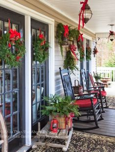 From my Front Porch to Yours, 25 Christmas Front Porches via A Blissful Nest