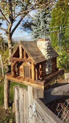 Bird Feeder, Log Cabin Style with Stone Chimney Source by lionnelquitte The post Bird Feeder, Log Cabin Style with Stone Chimney appeared first on Cassidy Woodworking. Awesome Woodworking Ideas, Best Woodworking Tools, Woodworking Workshop, Woodworking Projects, Woodworking Techniques, Woodworking Furniture, Woodworking Organization, Woodworking Quotes, Intarsia Woodworking
