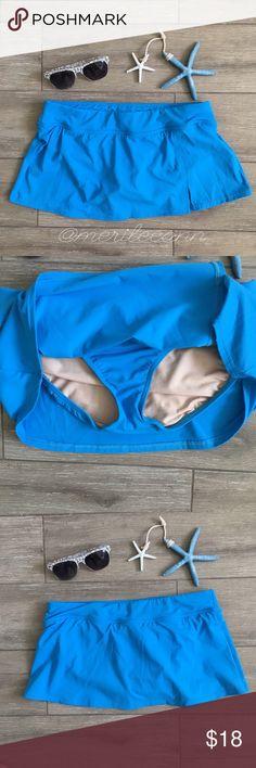 "Lands End // Swim Skirt Bottoms Teal New without tags. Never worn. Nylon/Spandex. ✨Bundle for best value. 9.5"" L Lands' End Swim"