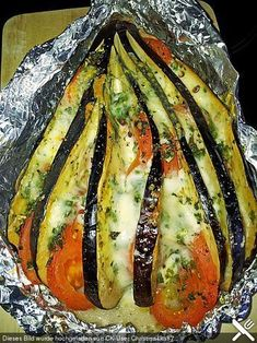 Gebackene Auberginen Baked aubergines – also delicious with zucchini instead eggplant :] Low Carb Recipes, Soup Recipes, Vegetarian Recipes, Dinner Recipes, Cooking Recipes, Healthy Recipes, Grilling Recipes, I Love Food, Good Food
