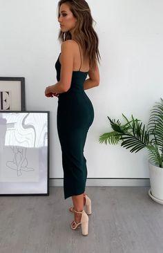 Emerald Green V Neck Mermaid Backless Long Prom Dresses with Sweep Train, Emerald Green Mermaid Formal Graduation Evening Dresses Tight Dresses, Cute Dresses, Beautiful Dresses, Midi Dresses, Classy Dress, Classy Outfits, Little Black Dress Classy, Green Midi Dress, Formal Midi Dress