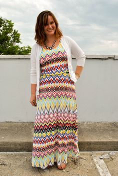 We're loving this bright printed Stitch Fix maxi dress on JUSTJACQ.