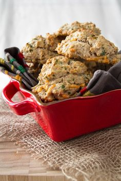 Healthier Herb & Cheese Drop Biscuits… with a secret ingredient! #recipes #vegan