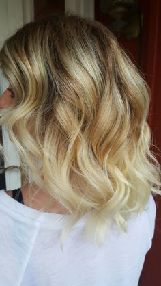 Blonde balyage with natural shadow root