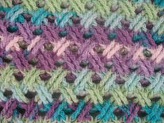 Interweave Cable Stitch - Free Crochet Pattern (The page takes a long time to load.)