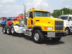 USED 2006 MACK Tractor CL733 for sale #Mack #truck #EquipmentReady