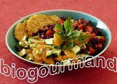 Galettes végétales sans gluten aux flocons de pois chiches, riz rouge de Camargue aux poivrons, légumes à la ciboulette