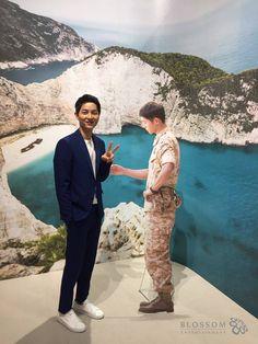 "Song Joong Ki Meets His Character From ""Descendants Of The Sun"" www.soompi.com #song joong ki"
