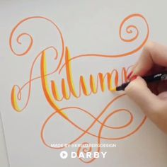 Autumn Hand Lettering Idea #darbysmart #diy #diyprojects #diyideas #diycrafts #easydiy #artsandcrafts #calligraphy #moderncalligraphy #brushcalligraphy #brushlettering #handlettering #handwritingtips #watercolorcalligraphy #brushpens #watercolorpen