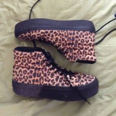 Cheetah sk8-hi Platform cheetah vans worn a couple of times size 10.5 but I'm a 10 and there's not that much space Vans Shoes