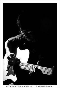 Acoustic Guitar BW http://sawfishaudio.com http://guitarclass.org