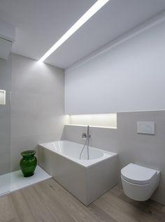 Große Badezimmer