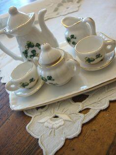 Vintage Ten Piece Miniature Hand Painted Ceramic Dollhouse Tea Set Teapot Teacups and Saucers Tray Childrens Tea Sets, Cream And Sugar, Hand Painted Ceramics, Leprechaun, Teacups, It's Easy, Teapot, Tea Time, Minis
