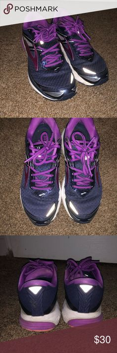mizuno womens volleyball shoes size 8 x 3 fit track nike