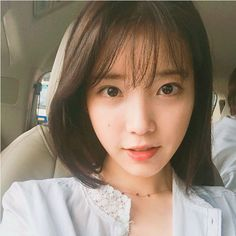 IU short hair with bangs Asian Short Hair, Short Hair With Bangs, Short Hair Styles, Korean Short Hair Bangs, Ulzzang Short Hair, Long Hair, Fringe Hairstyles, Hairstyles With Bangs, Korean Hairstyle Bangs