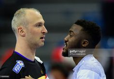France' goalkeeper Thierry Omeyer (L) and Luc Abalo (R) are pictured prior to their match at the Men's 2016 European Handball Championships between France and Serbia, in the TAURON Arena of Krakow, on January 17, 2016. France won 36-26. / AFP / ATTILA