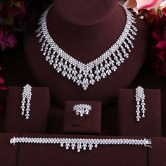 Accking wedding Luxury cubic zirconia tassel bride necklace ,drop earrings ,bracelet and ring dubai full jewelry set Wedding Necklace Set, Bride Necklace, Diamond Necklace Set, Diamond Jewelry, Diamond Bracelets, Jewelry Design Earrings, Necklace Designs, Bridal Jewelry Sets, Bridal Accessories