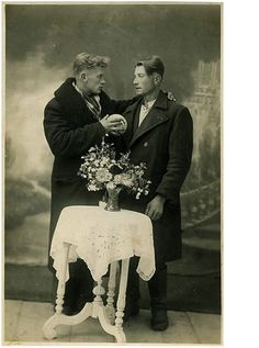 Vintage male couple before Stonewall, Gay Pride and Marriage Equality. Gay folks have been out there the whole time. Vintage Couples, Vintage Love, Vintage Men, Vintage Pictures, Old Pictures, Old Photos, Lgbt History, Gay Couple, Man Photo