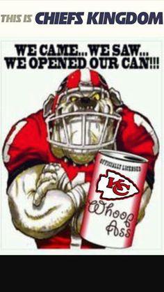 Kc Chiefs Kansas City Chiefs Mascot Kc Wolf Helped Out